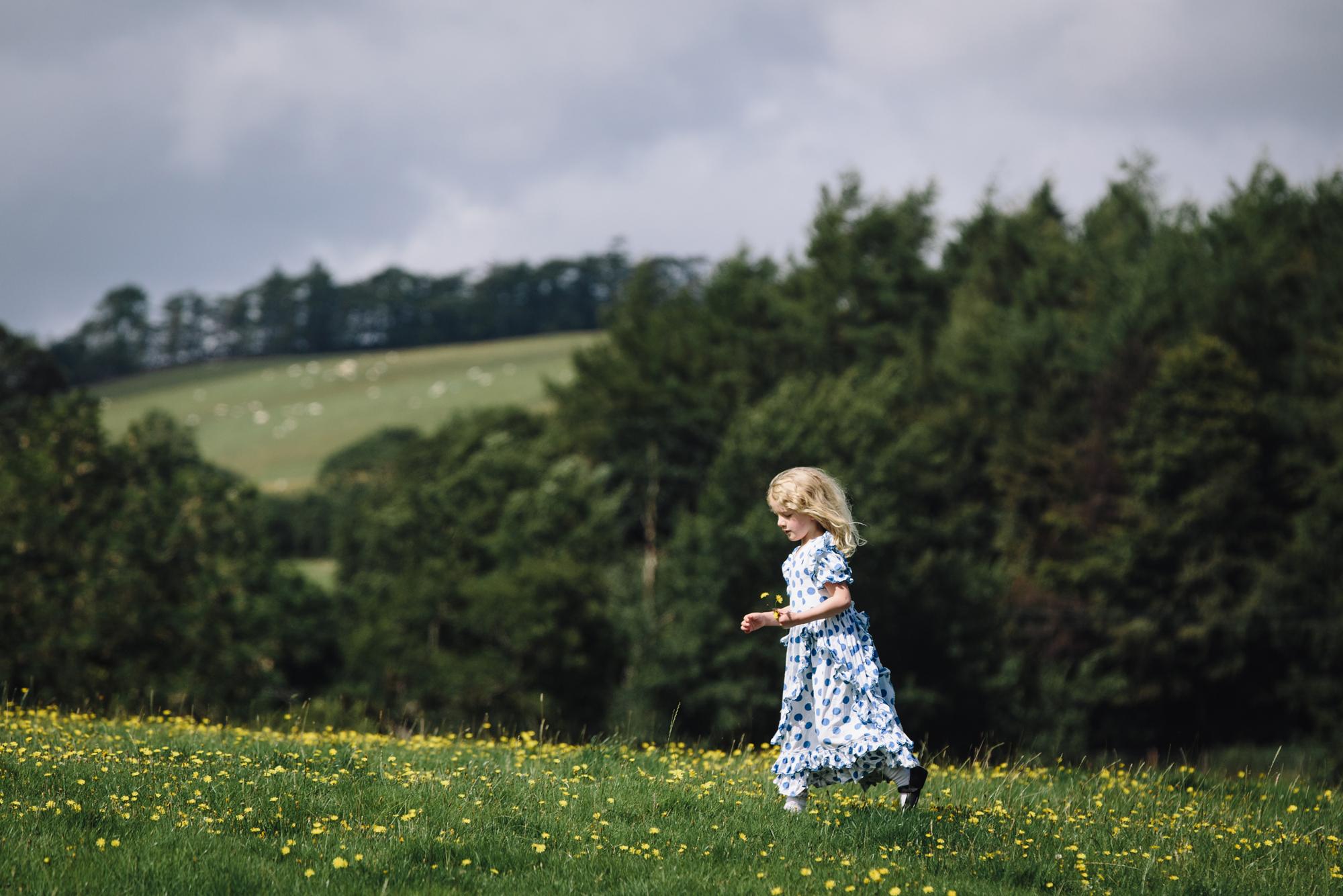 Hermione McCosh Photography - Children's portrait photographer - creative, natural portraits