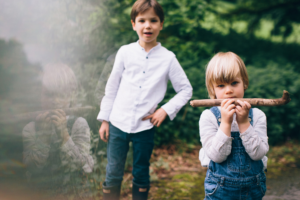Hermione McCosh childrens portrait photographerHermione McCosh - natural and candid childrens portrait photographer - prism photography