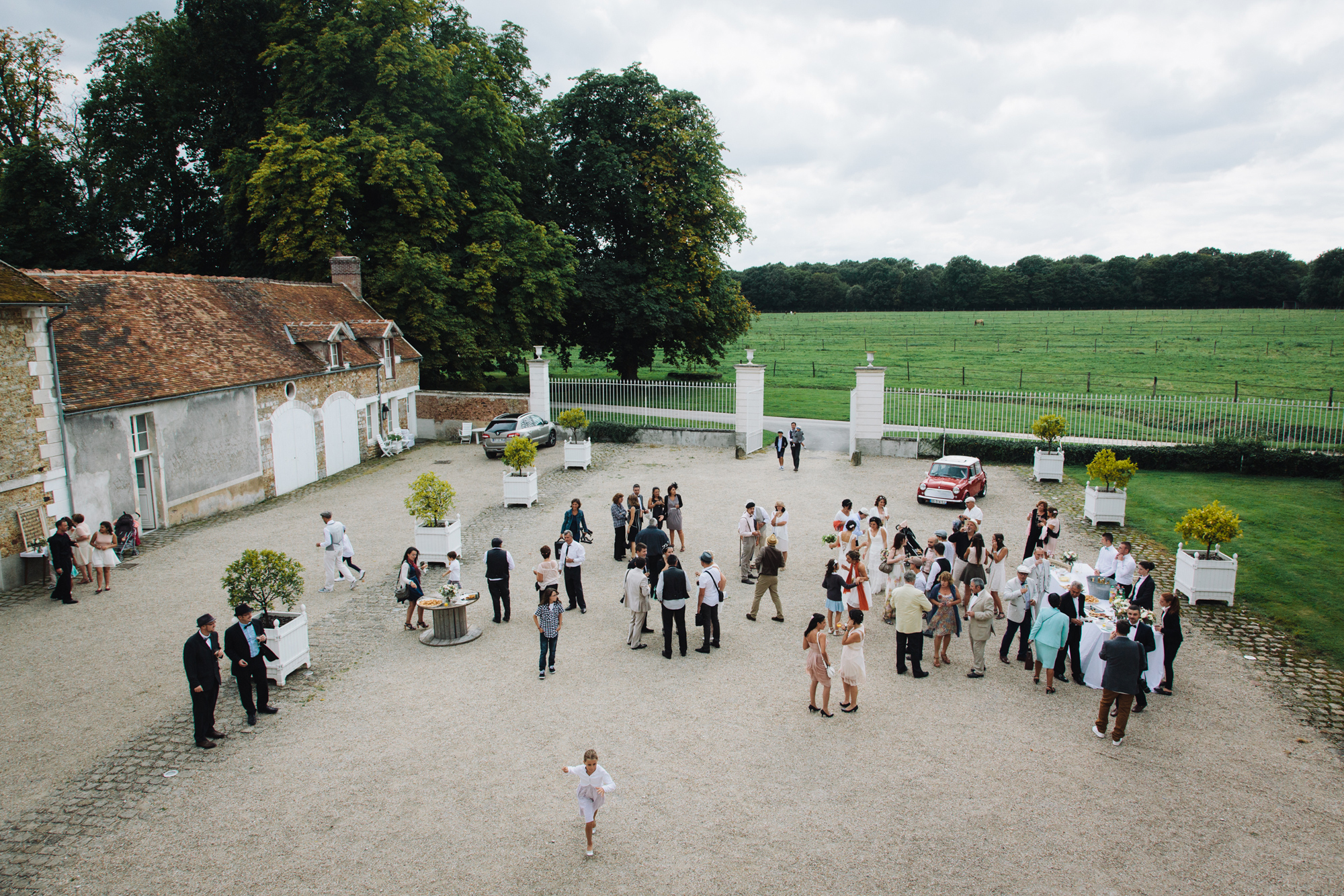 Hermione McCosh Photography mariage au manoir de la Chalotterie, candid natural wedding photography